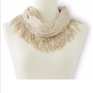 Magnetic Lace Neck Scarf in Beige Color